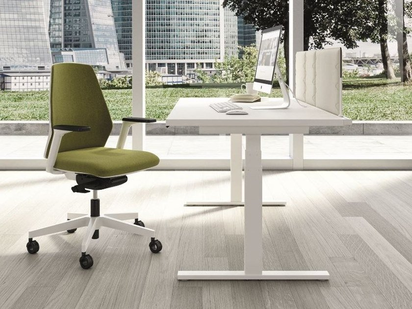 Height-adjustable workstation desk UP&UP | Office desk by Quadrifoglio