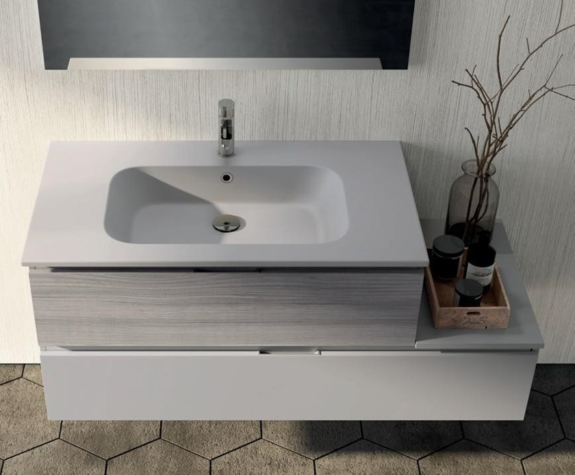 UR23   Mobile lavabo