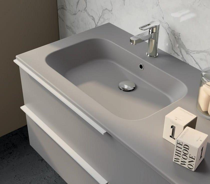 UR24 | Mobile lavabo