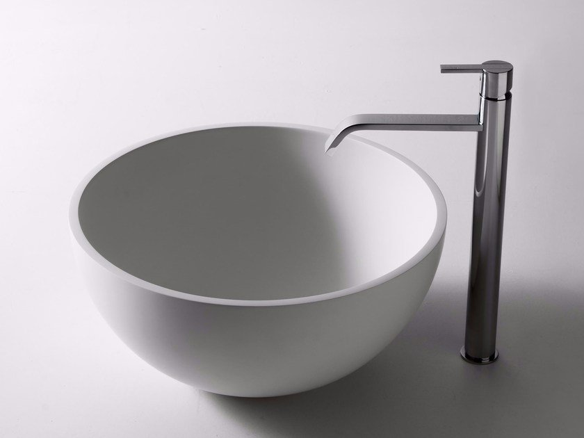 Countertop Cristalplant® washbasin URNA by Antonio Lupi Design