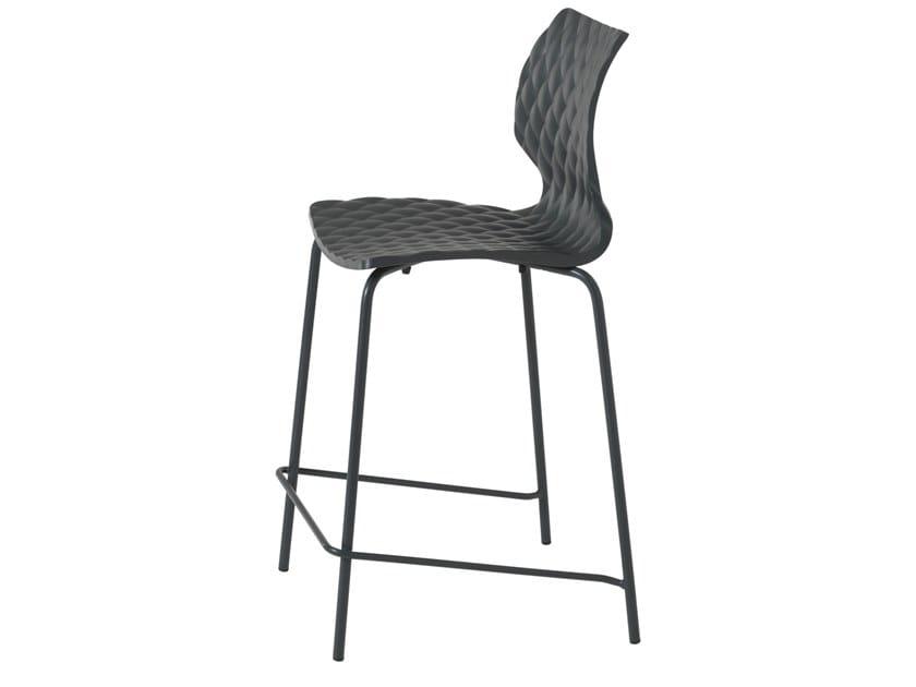 Polypropylene stool with back Uni 378B by Metalmobil