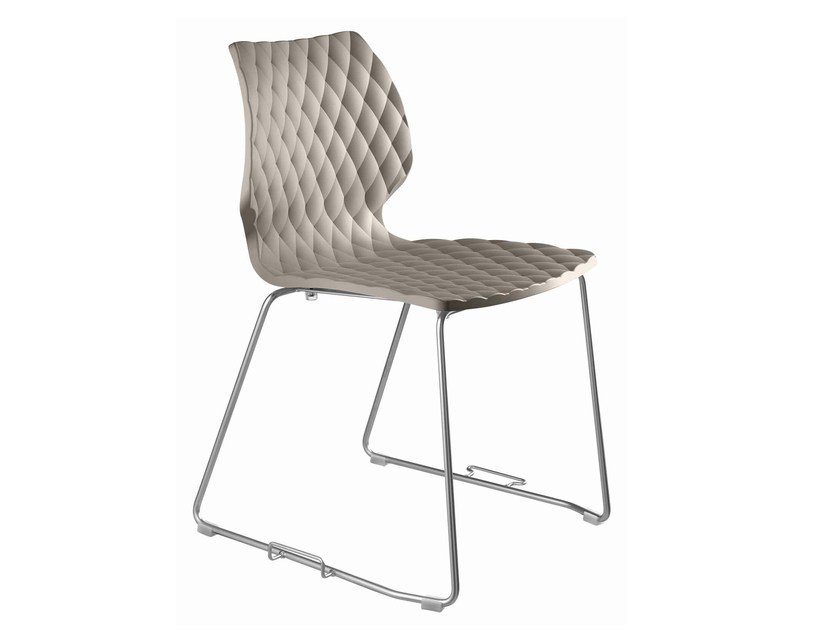 Sled base polypropylene chair with linking device Uni 552G by Metalmobil
