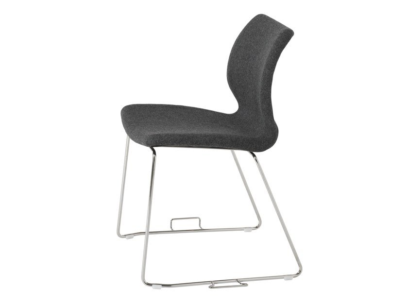Sled base upholstered training chair UNI 552M-G by Metalmobil