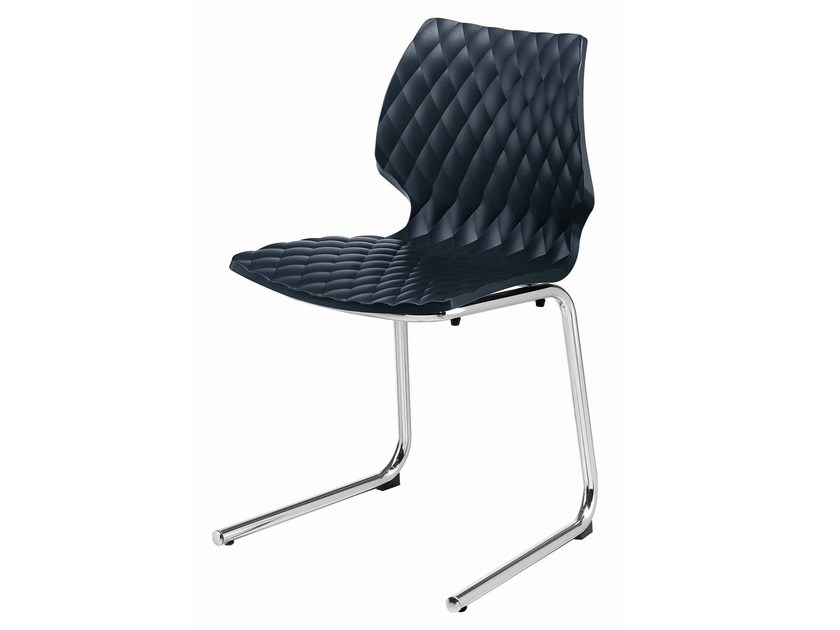 Cantilever polypropylene chair Uni 565 by Metalmobil