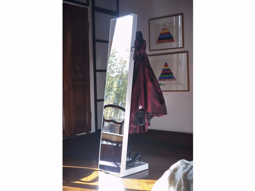 Freestanding rectangular mirror VALLETTO by IFT
