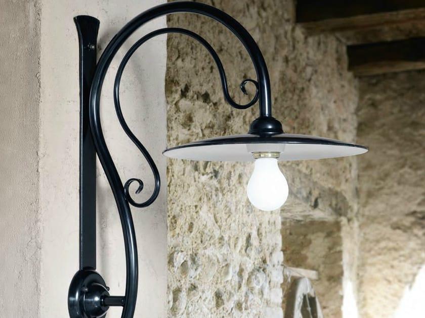 Iron wall lamp with fixed arm VALZER | Wall lamp by Aldo Bernardi