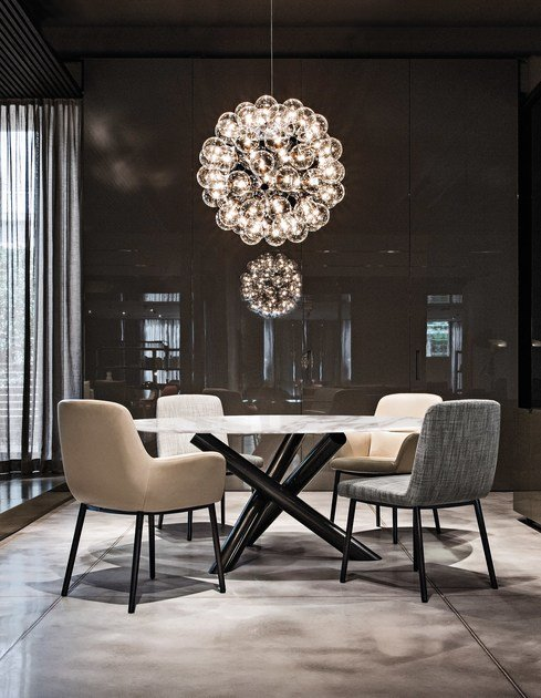 van dyck by minotti. Black Bedroom Furniture Sets. Home Design Ideas