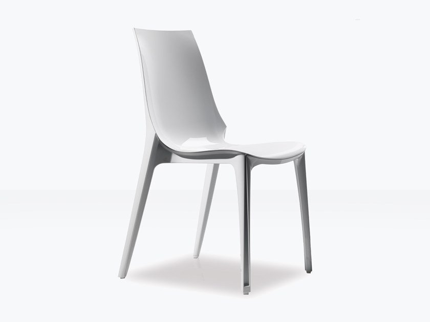 Stackable polycarbonate chair VANITY | Chair by SCAB DESIGN