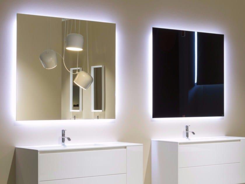Specchio da parete con illuminazione integrata per bagno vario by