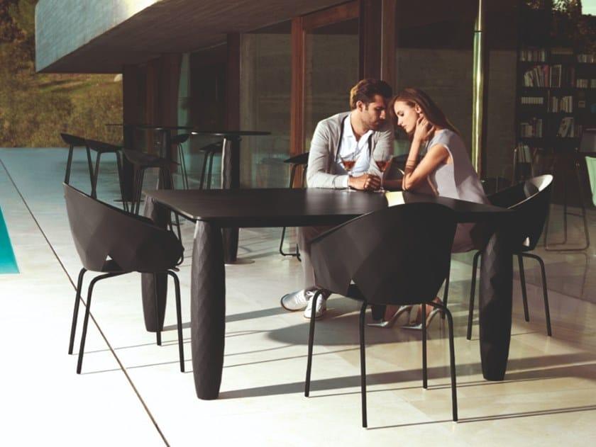Tavolo da giardino in HPL VASES | Tavolo rettangolare by VONDOM