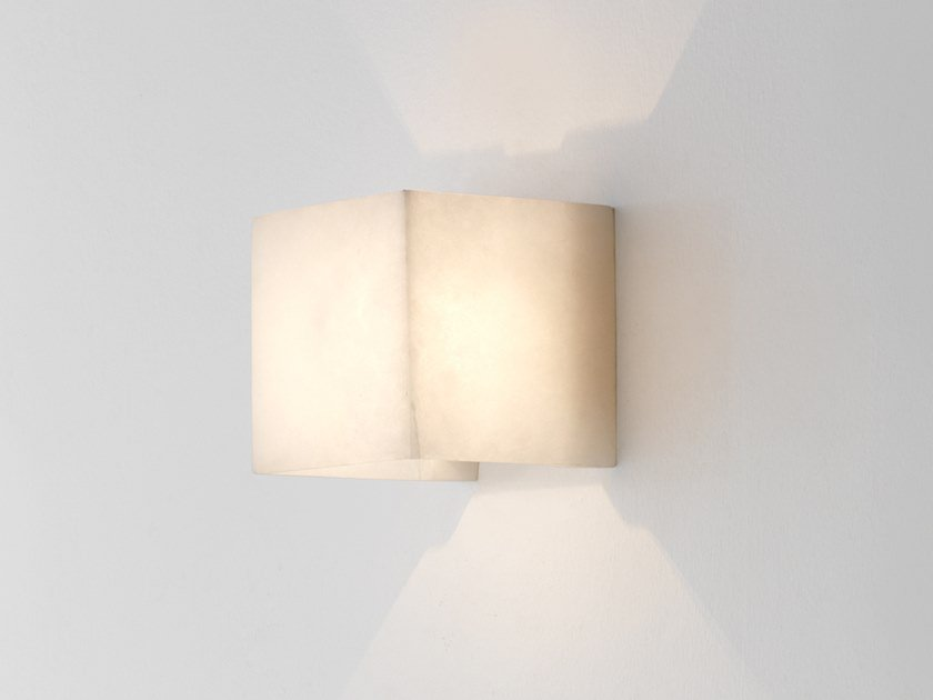 Alabaster wall lamp VASTER | Wall light by Aromas del Campo