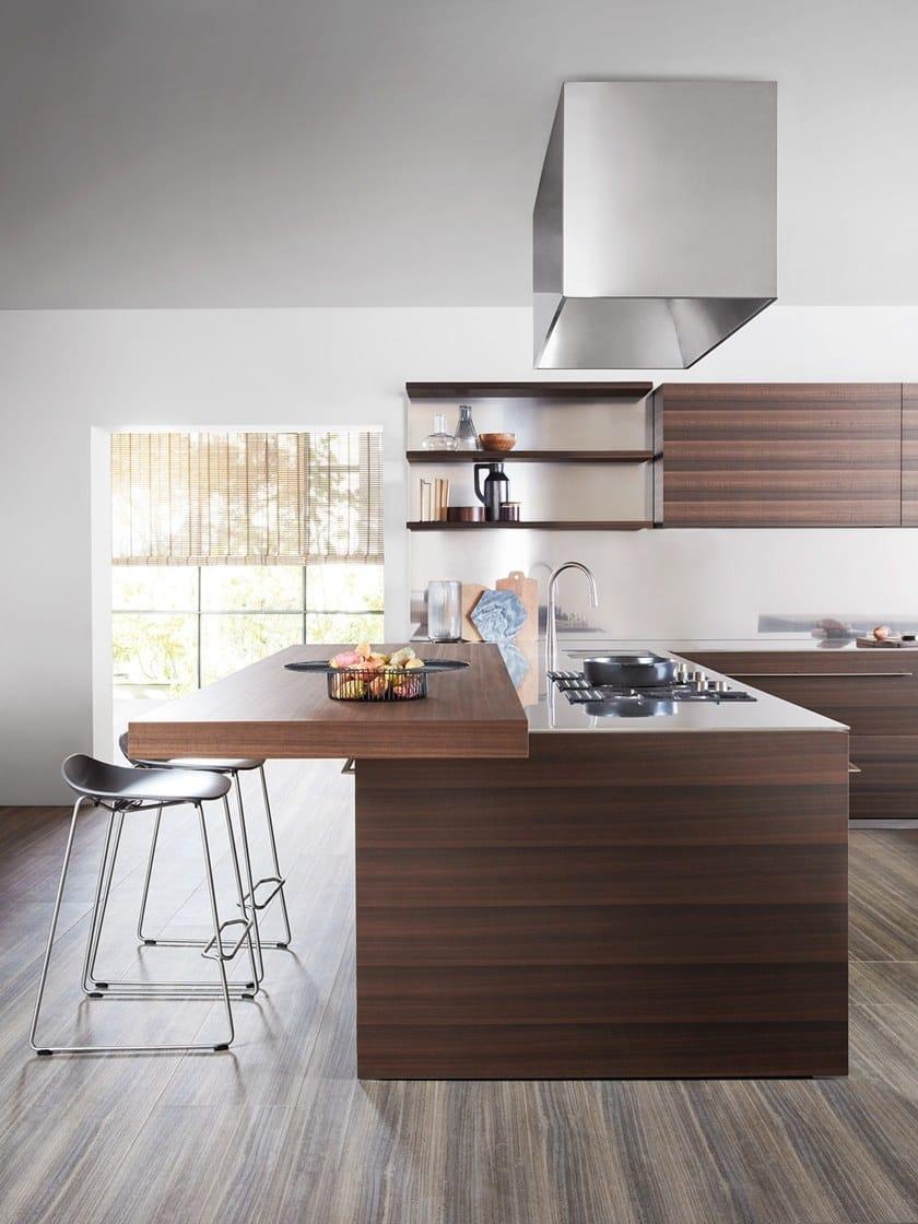 Kitchen with integrated handles vela by dada design dante for Cucine modulari