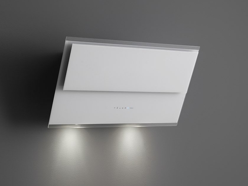 Exaustor de vidro temperado de parede com luzes integradas VERSO by Falmec