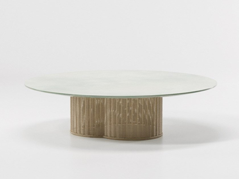 Low round coffee table VIMINI | Garden side table by Kettal