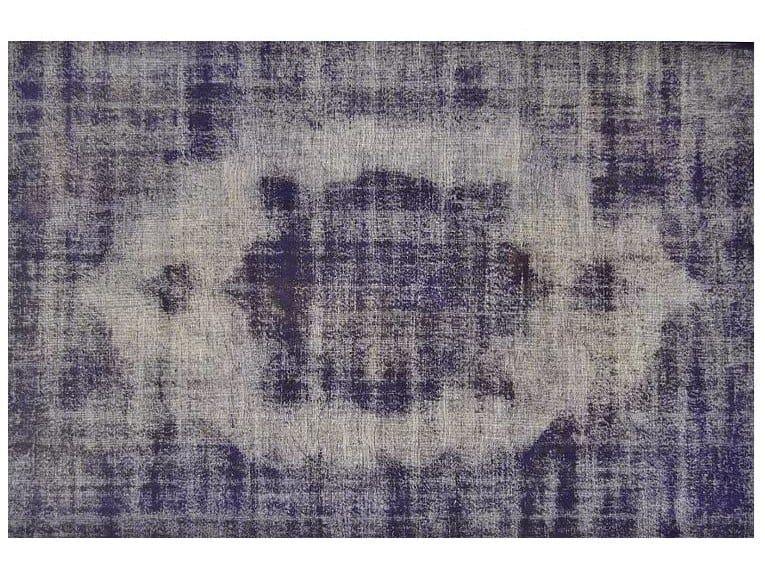 Vintage style custom rug VINTAGE DARK PURPLE by Mohebban