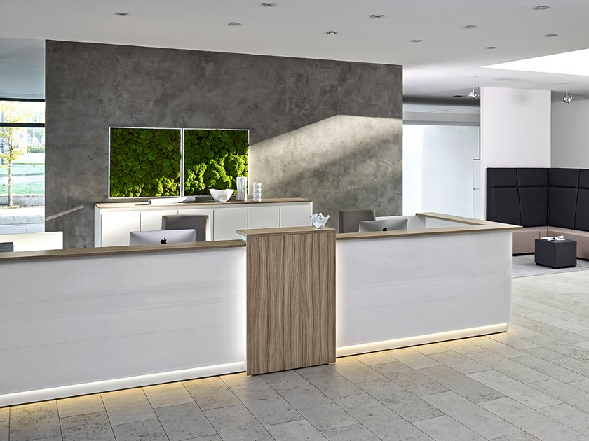 Modular Office reception desk with Built-In Lights VIO | Office reception desk by Febrü