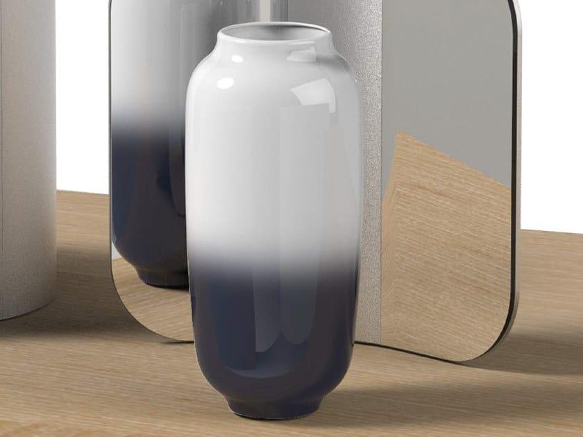 Porcelain vase VISAGE by ZENS Lifestyle