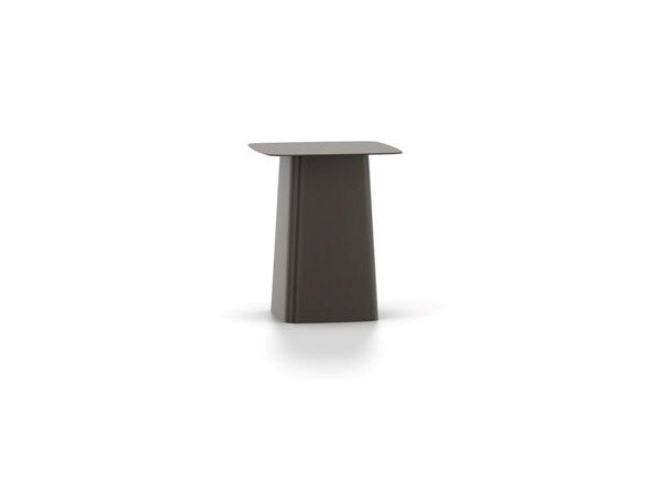 Square powder coated steel coffee table VITRA - METAL SIDE TABLE Small chocolate by Archiproducts.com