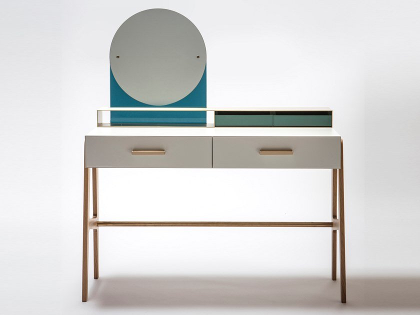 Brass dressing table VIVIAN by Medulum