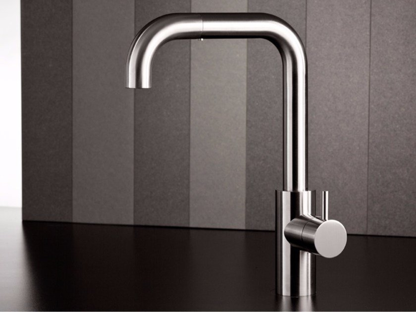 Kitchen mixer tap with pull out spray VODA 9160 by MINA