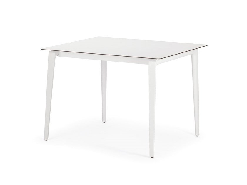 Square HPL dining table WA | HPL table by DEDON