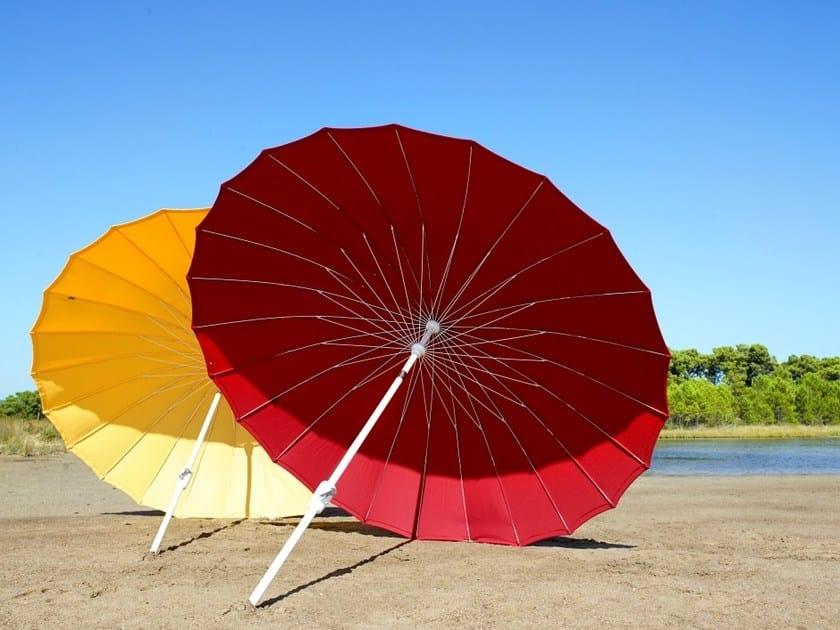 Round polyester Garden umbrella WAIKIKI by Jardinico