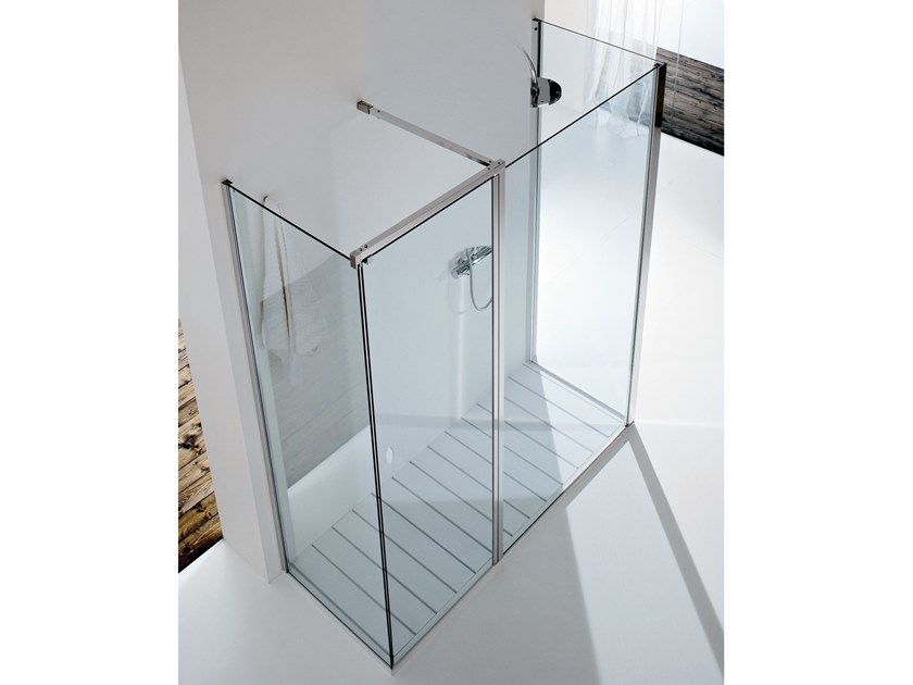 Rectangular glass shower cabin with hinged door WALL PA+F1+F4 by RELAX