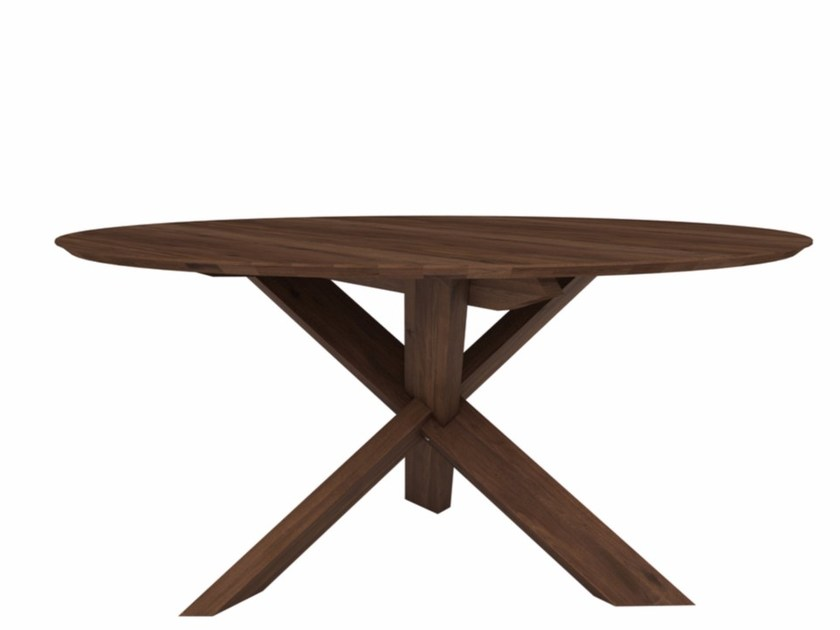 Round walnut table WALNUT CIRCLE | Table by Ethnicraft