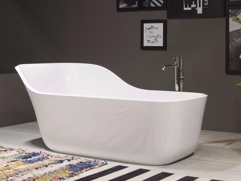 Freestanding Ceramilux® bathtub WANDA by Antonio Lupi Design