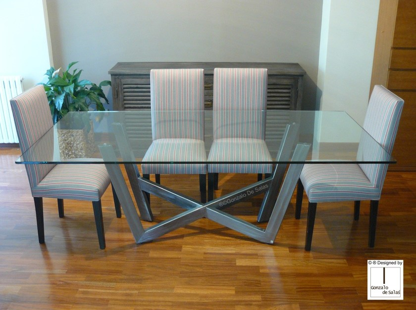 Rectangular dining table WANIA by Gonzalo De Salas