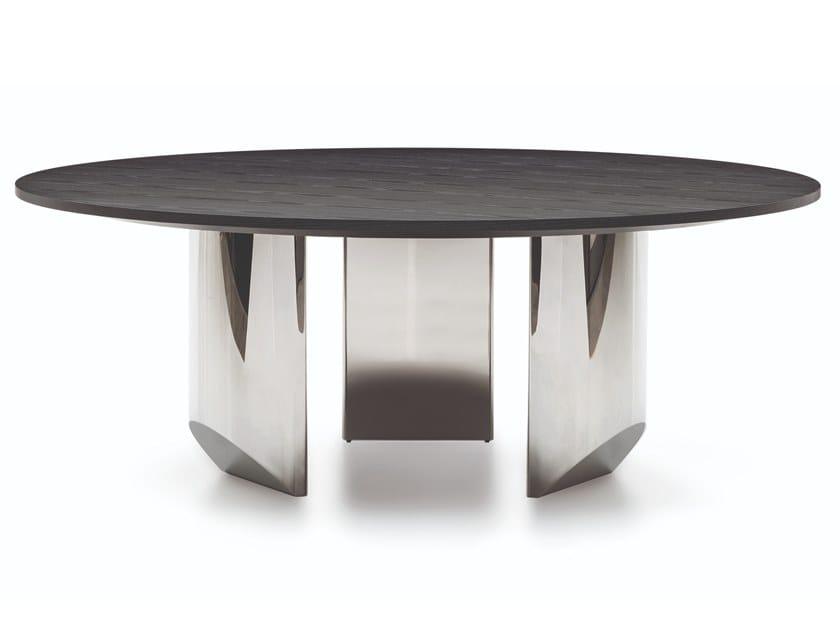 Tavolo da salotto rotondo in legno WEDGE | Tavolo in legno by Minotti