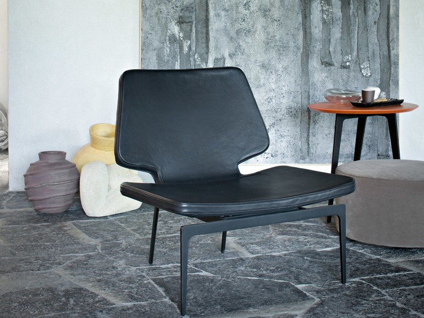Leather easy chair WERNER | Leather easy chair by Lema