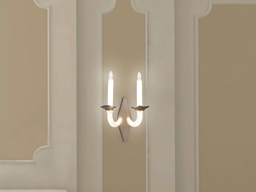 Lampada da parete a LED fatta a mano in porcellana WERSAILLES   Lampada da parete by Beau & Bien