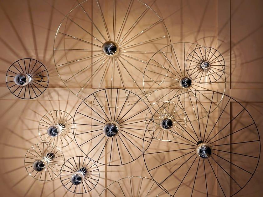 Lampada da parete in metallo WHEEL by Aromas del Campo