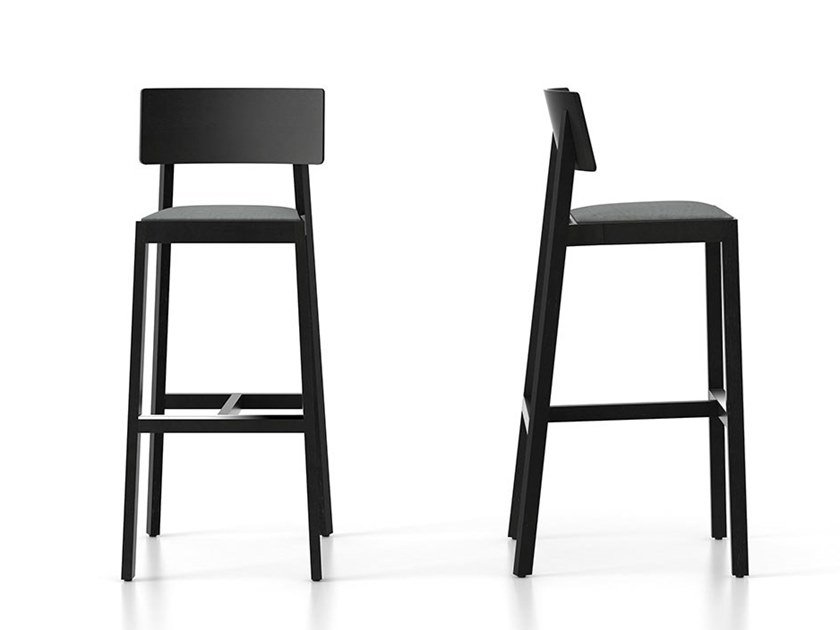 Wooden chair WHISKEY | Chair by Punt