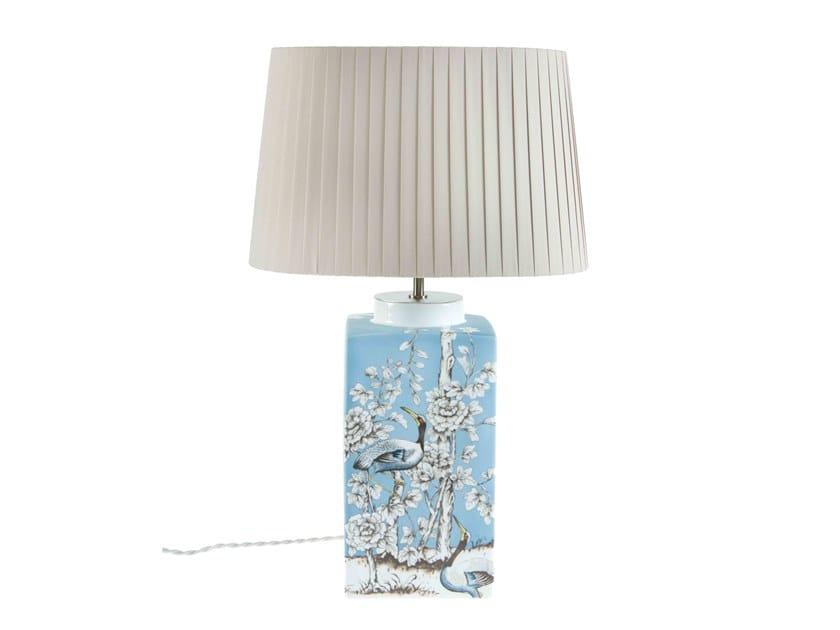 Porcelain table lamp WHITE GARDEN | Table lamp by Vista Alegre