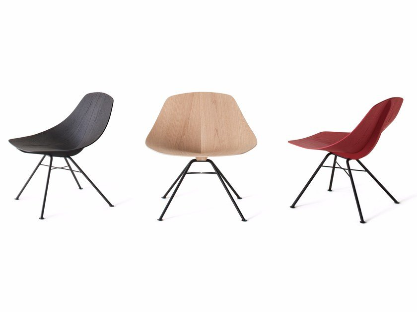 Solid wood chair WING by Lema