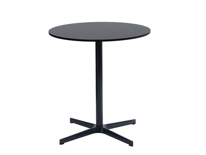 Lacquered round MDF table WING | Round table by delaOliva