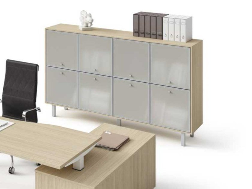 Modular tempered glass office storage unit WINGLET | Tempered glass office storage unit by Bralco