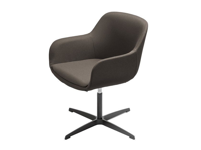 Chair with 4-spoke base with armrests WISCONSIN | Chair with 4-spoke base by AP Factor