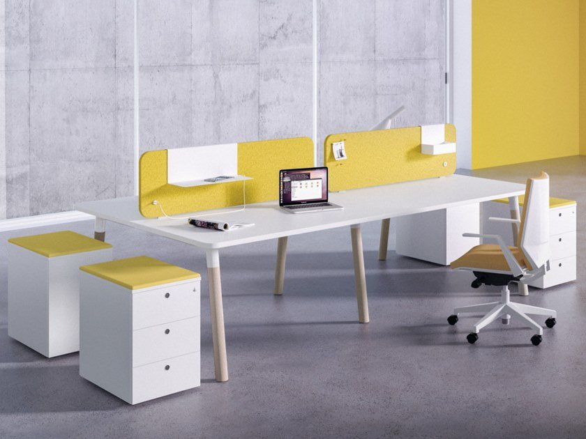 Multiple office workstation with desk screens WOODS 90° EDGE by FANTONI