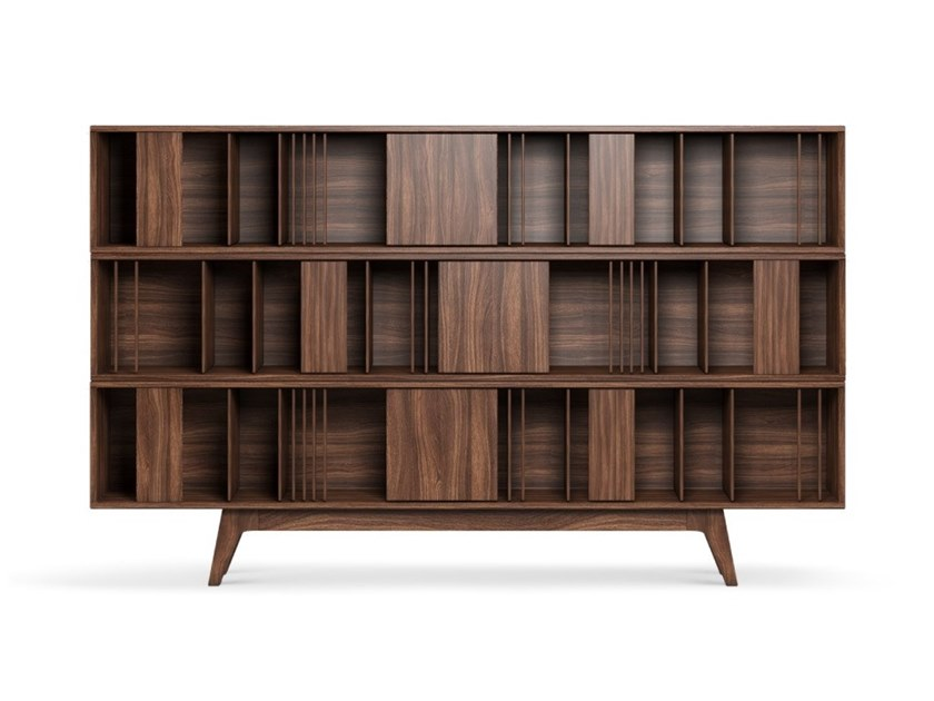 Open freestanding walnut bookcase WORDSWORTH by Wood Tailors Club