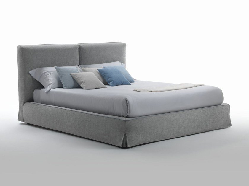 Upholstered fabric bed with removable cover WU by Marac