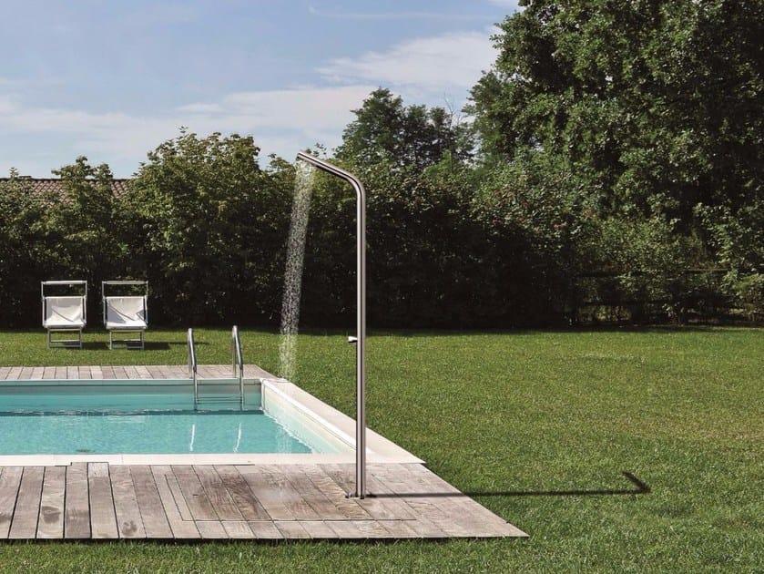 Dusche für den Außenbereich aus Edelstahl mit Bodenbefestigung WX 514 by CRISTINA Rubinetterie