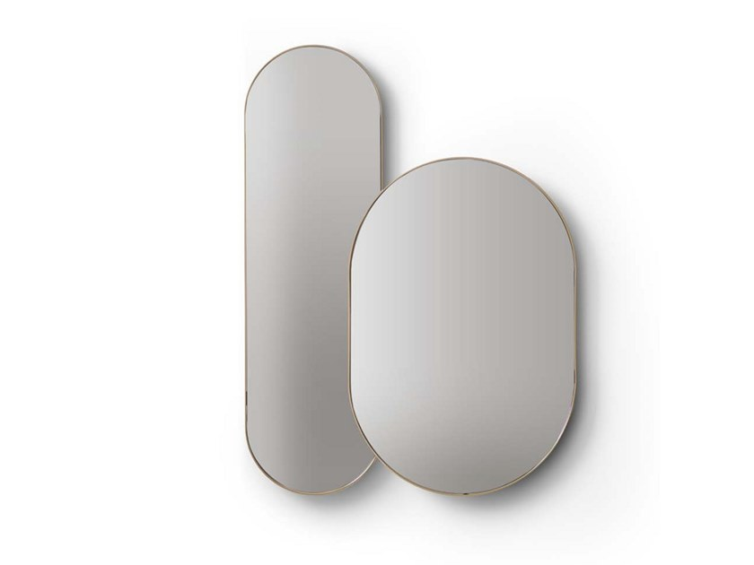 Oval wall-mounted mirror Wall-mounted mirror by Quinti Sedute