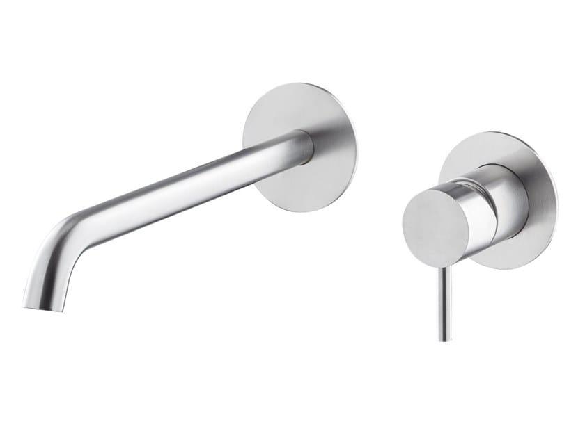 Miscelatore per lavabo a muro in acciaio inox X-STEEL 316 | Miscelatore per lavabo a muro by newform