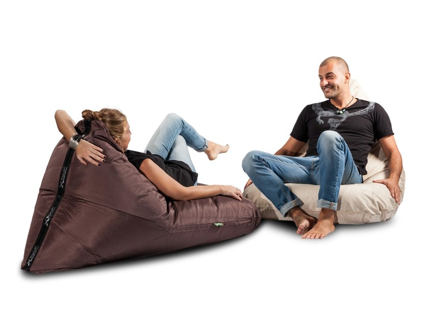 Polyester bean bag X-TRIANGLE by XPOUF