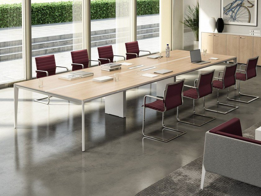 Rectangular meeting table with cable management X5 | Meeting table by Quadrifoglio