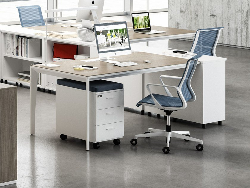 Rectangular wood-product workstation desk with cable management X5 | Workstation desk by Quadrifoglio