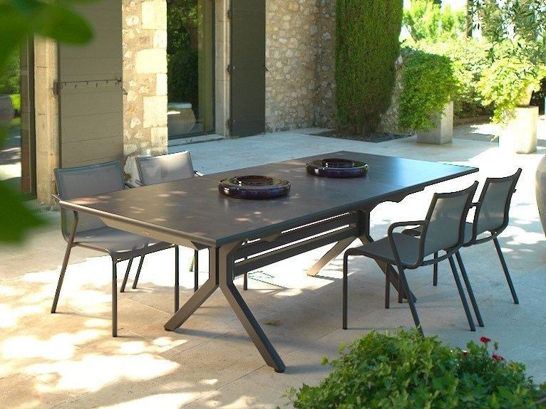 Extending HPL garden table XENAH | Table by Les jardins - XENAH Table Xenah Collection By Les Jardins